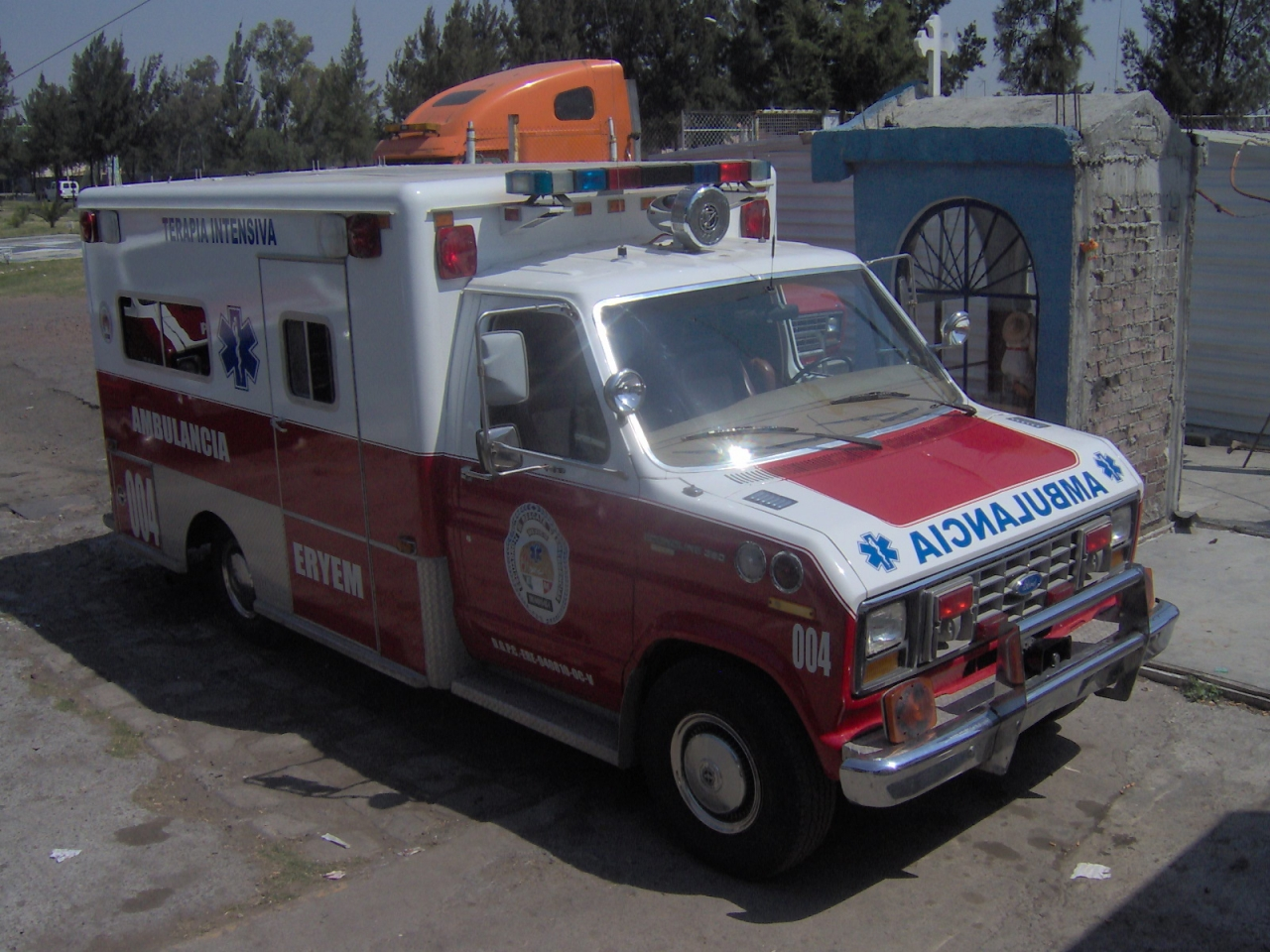Ambulancia 004 ERYEM
