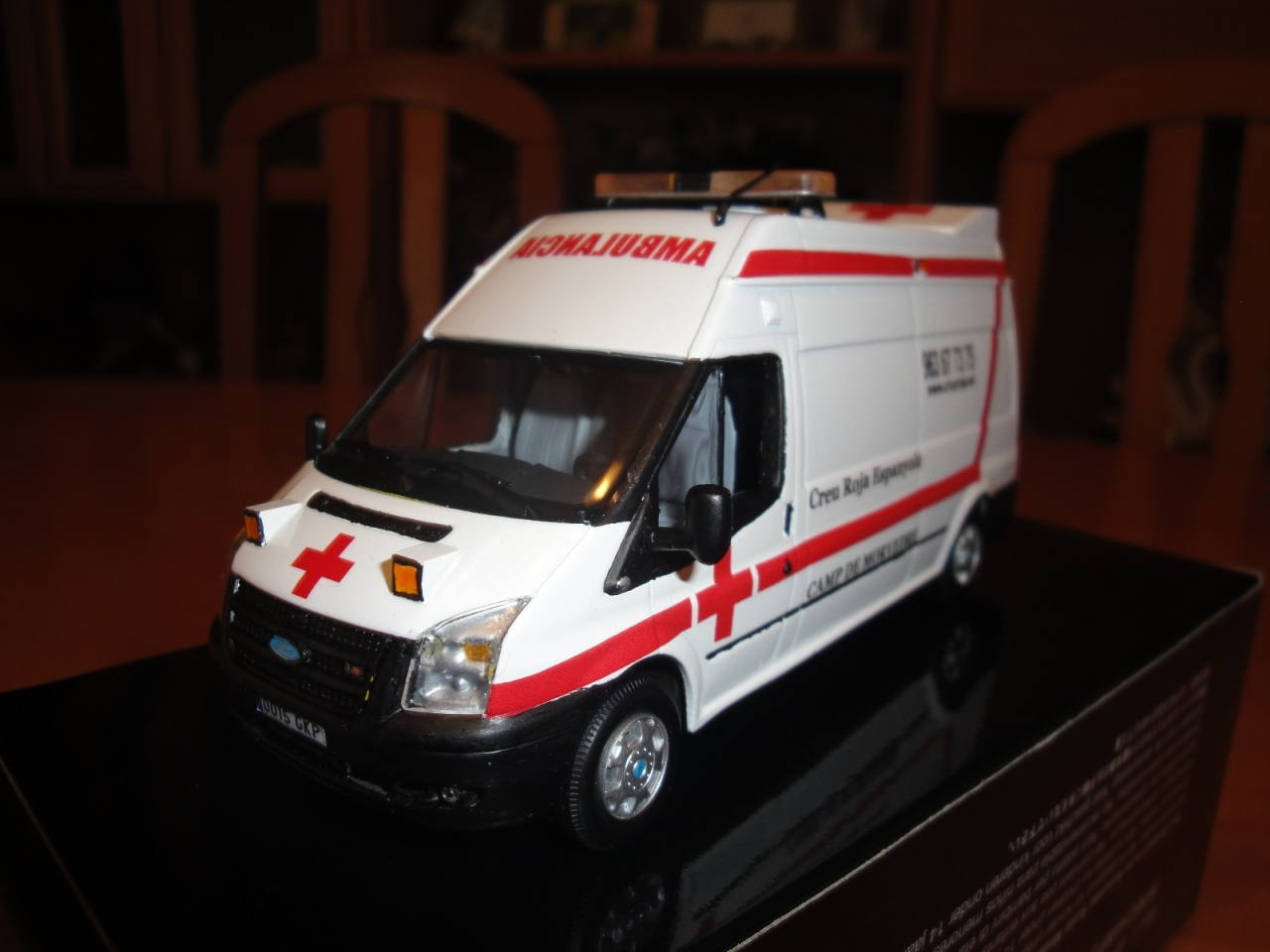 FORD TRANSIT 2009 CRE, 1/43