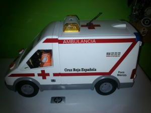 Ambulancia  Cruz Roja Playmobil
